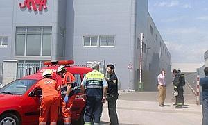 Incendio en una fábrica de colchones   Sevilla   Sevilla