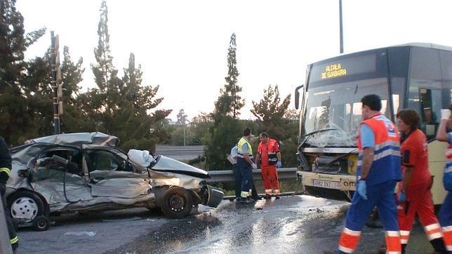 Seis heridos en un accidente en dos hermanas - Empresas en dos hermanas ...
