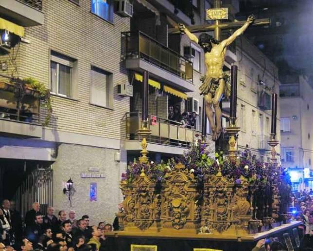 Pasión y Muerte: ruán negro de Viernes de Dolores para Triana