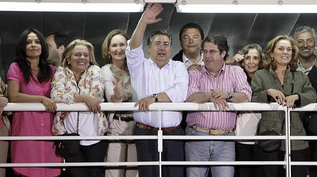 El PP de Zoido, mayoría absoluta en Sevilla