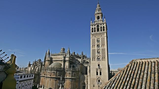 Sevilla destino tur stico anti crisis for Casas baratas en sevilla y provincia