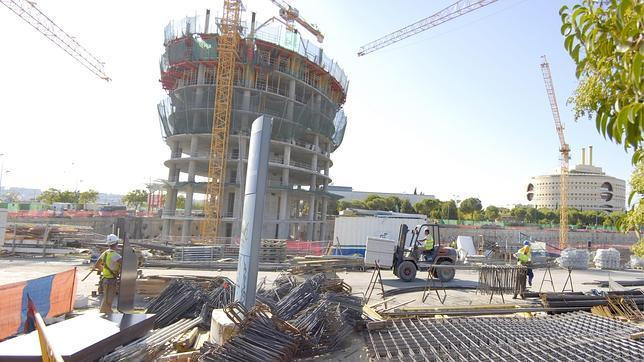 Si se anulara la licencia de la Torre Pelli, ¿quién asumiría la indemnización?