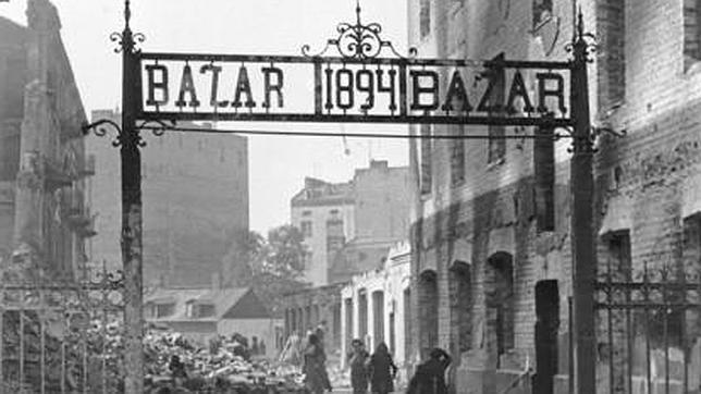 Relatando en Twitter la II Guerra Mundial como si ocurriera ahora mismo
