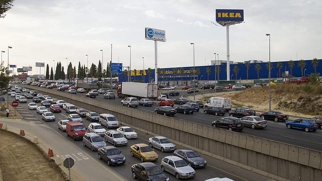 Ikea se queda sin plan especial de tr fico desde - Ikea de sevilla ...
