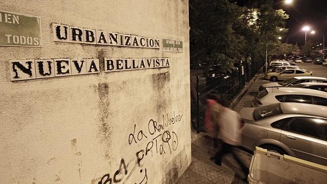 Encuentran a una mujer degollada en su casa de Bellavista