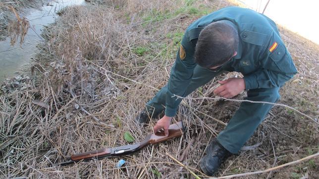 Detenido con una escopeta robada un condenado a no cazar - Como cazar ratones en casa ...