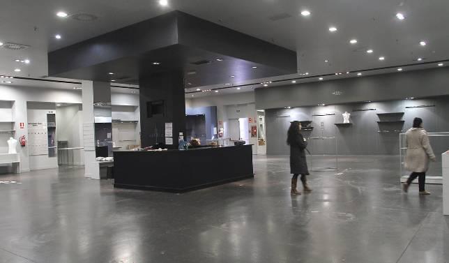 Dueños de una tienda de Sevilla Factory la vacían de madrugada ... 3750b21f9f4da