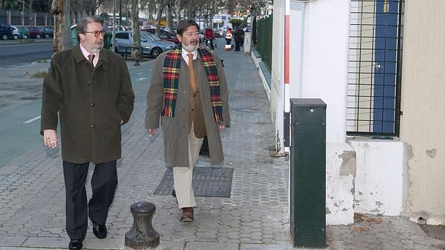 Guerrero declara a la Guardia Civil que las ayudas las acordó con Viera y Fernández