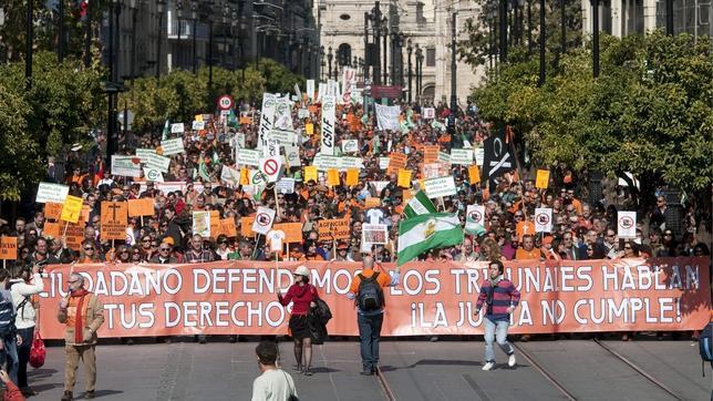 Resultado de imagen de funcionarios manifestacion y la junta incumple las sentencias judiciales