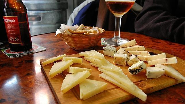 tapas y quesos