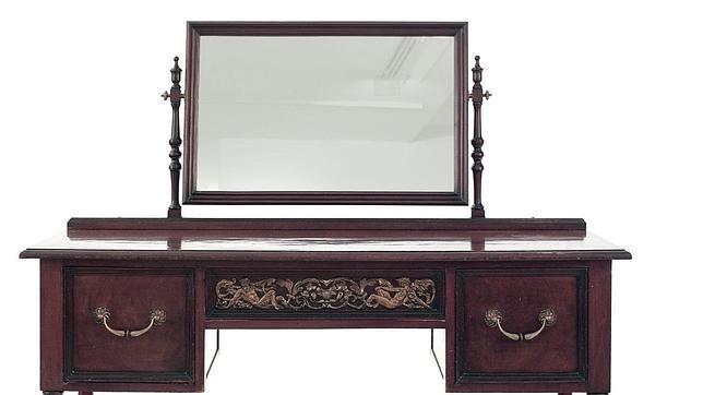 el tocador al igual que la mesa es una pieza nica del mobiliario