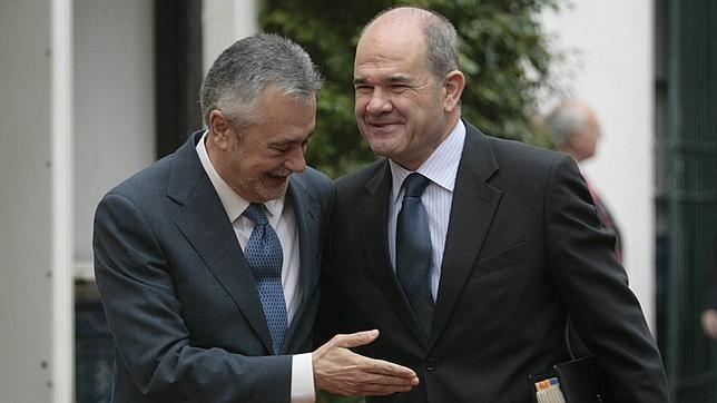 La Cámara de Cuentas implica a Griñán y Chaves en la financiación irregular de los ERE