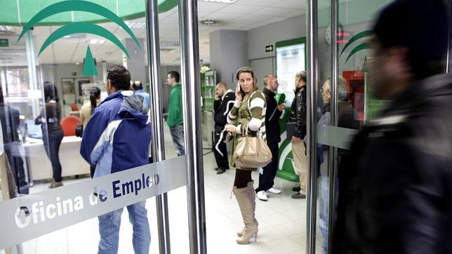 La corona metropolitana concentra el mayor porcentaje de for Oficina empleo cantabria