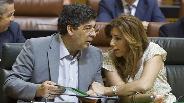 Valderas alega que IU coloca a familiares en altos cargos de la Junta «por su capacidad»