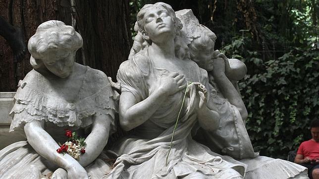 El Parque de María Luisa, presa de los vándalos