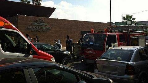 Incendio sin heridos en la cocina del Restaurante Abades Triana