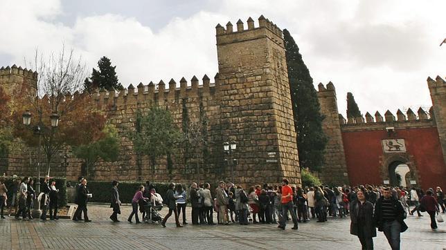 Destapan restos originales del Palacio Pedro I del Alcázar