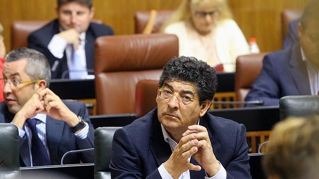 Valderas saca pecho tras el fiasco de los ERE: «Hemos cumplido con los andaluces»