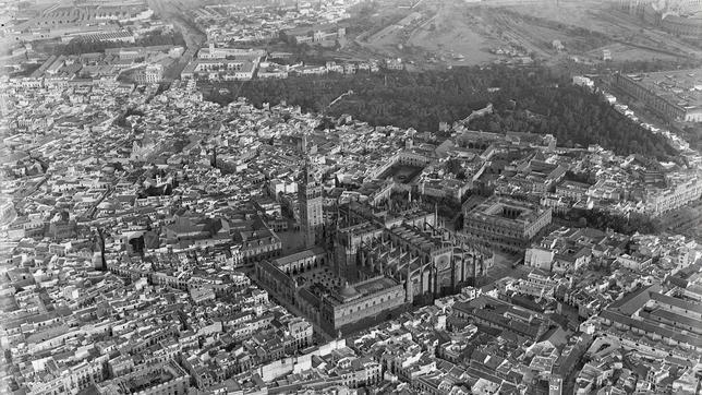 Sevilla en el siglo XX