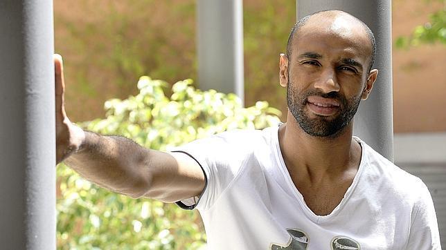 Kanouté, seguro de que el equipo «estará arriba» al final