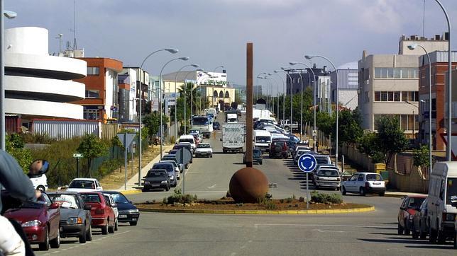 El ayuntamiento de mairena fren fiestas ilegales de for Muebles poligono pisa