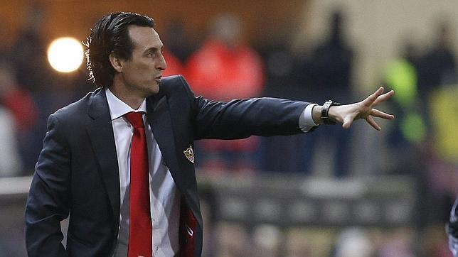 El Sevilla FC prepara una mejora de contrato para evitar una nueva fuga