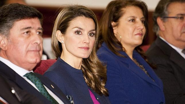 La Princesa Letizia asiste en Sevilla a un congreso sobre enfermedades raras