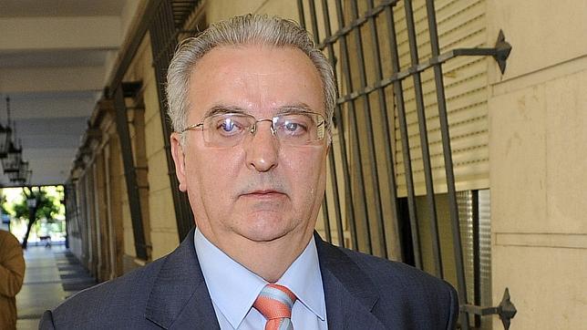 El juzgado embarga al exconsejero Antonio Fernández la indemnización por despido - antonio-fernandez-ere--644x362