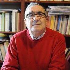 Rogelio Reyes: «Aprobar a los niños suspensos es una aberración» - abcdesevilla.es - rogelio-reyes-educacion--229x229