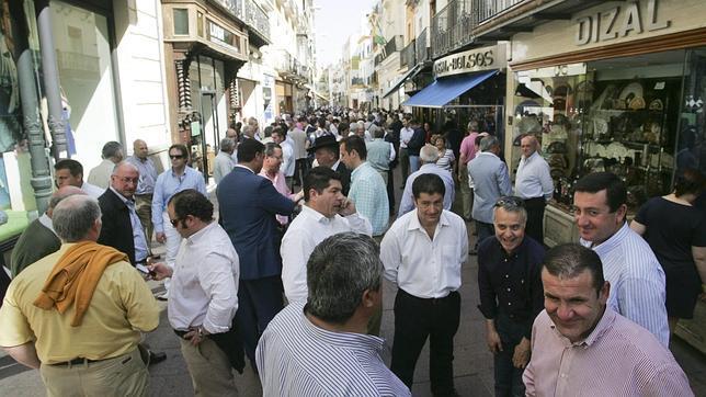 Sierpes mercado de tratantes for Servicio tecnico jane sevilla calle feria