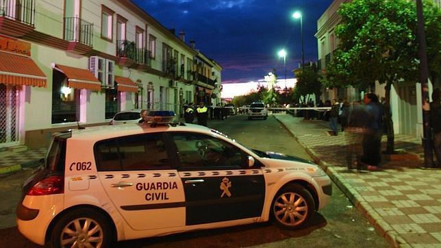 Un hombre mata a su hija de siete años y después se suicida en Almonte