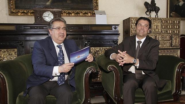 La nueva Isla Mágica destaca el respaldo de las instituciones y el papel de Peláez