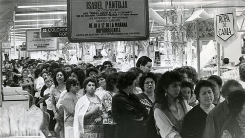 De cuando Isabel Pantoja abarrotó el Sánchez-Pizjuán