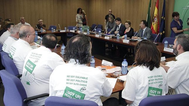 Funcionarios diez motivos de enfado con la junta for Mesa funcion publica