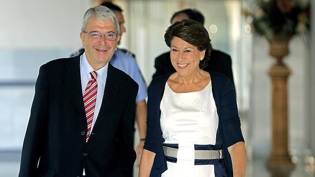 Magdalena Álvarez y José Salgueiro