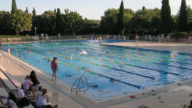 La junta da agua no potable en instalaciones deportivas de for Piscina jaen