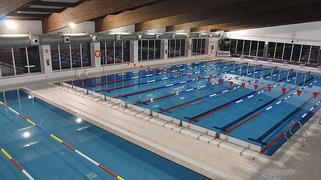 Aossa consigue la gesti n de la piscina cubierta de for Piscina municipal cubierta