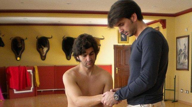 José Antonio Salas Lluch, las manos que sanan a los toreros