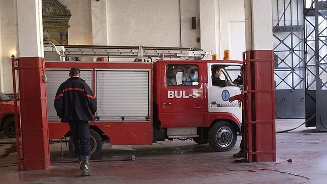 Los cuatro parques de bomberos de la ciudad contarán con videovigilancia