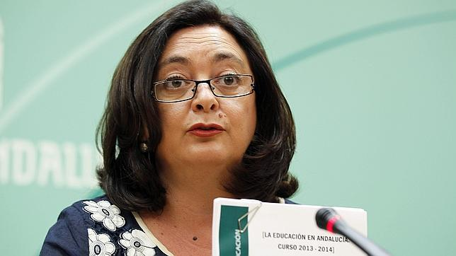La Junta becará con 1.500 euros a alumnos que saquen solo un cinco