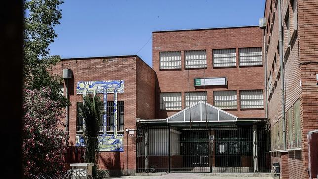 La mitad de los centros educativos empiezan el curso sin la plantilla de maestros completa