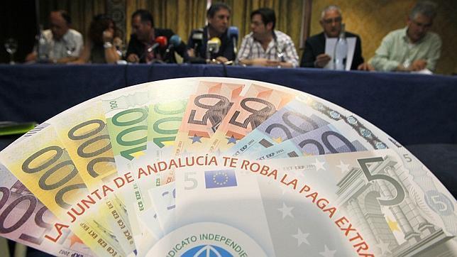 Un juzgado da la raz n a los funcionarios en el conflicto de la paga extra abc de andaluc a 4 - Pisos de la junta de andalucia ...