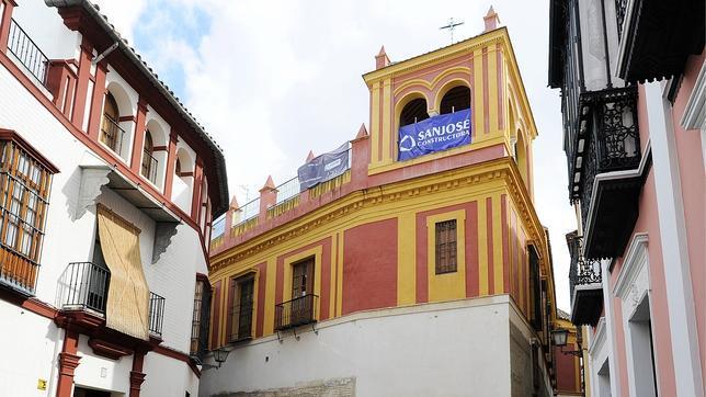 Carlos herrera abrir un hotel de lujo junto a la casa de for Apartamentos para vacaciones en sevilla