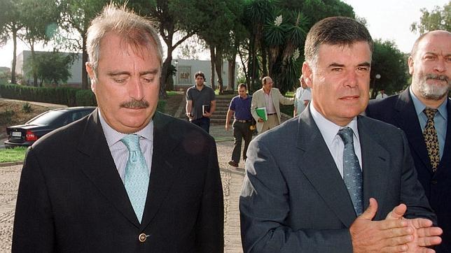 El exconsejero Martín Delgado, imputado por la Policía en el caso Invercaria
