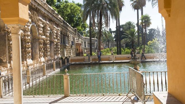 El estanque de los Reales Alcázares al que se refiere Cernuda en «Jardín antiguo»