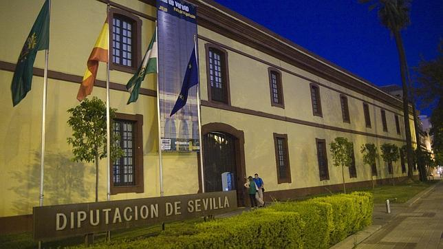 La actual Diputación de Sevilla, lo que antes era el cuartel de Caballería