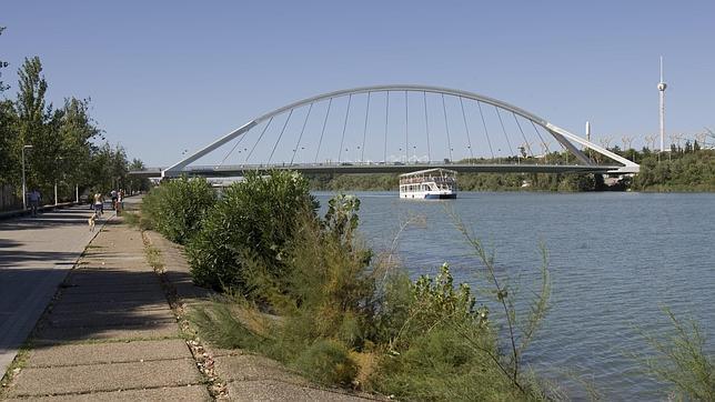 La orilla en la que Cernuda recuerda al río Guadalquivir