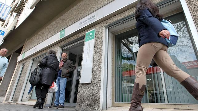 Las estafas a parados con falsas ofertas de empleo en for Oficina de correos cordoba