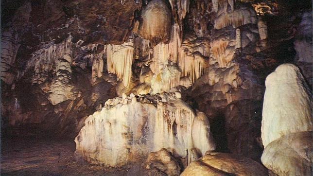 La gruta de las maravillas inaugurar dos nuevas salas en for Sala maravillas