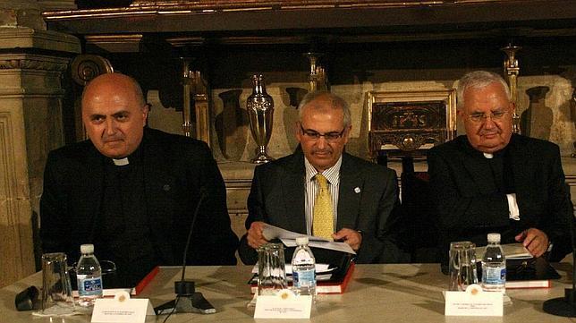 Francisco Juan Martínez, nuevo presidente de los archiveros de la Iglesia